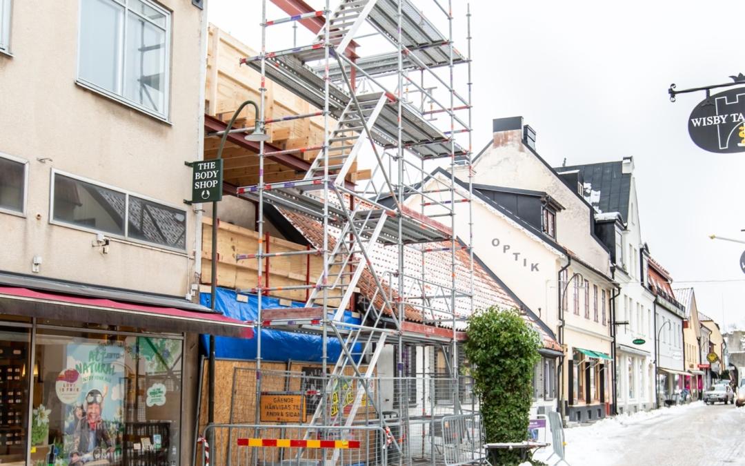 Se bilderna från den stora ombyggnaden av Skölden 19, Adelsgatan i Visby