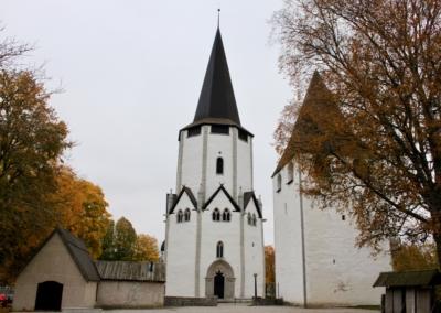 Lärbro kyrka färdig