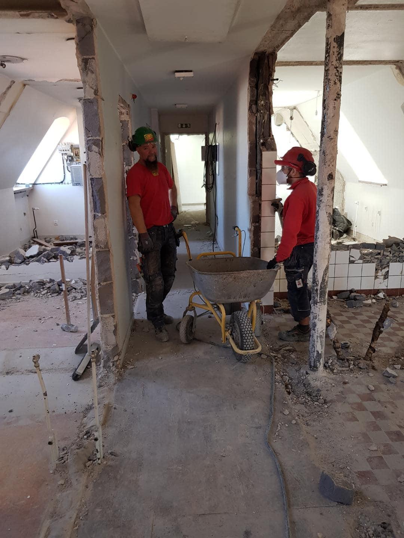 Arbeten pågår för fullt med att renovera Skölden 6 på Södra murgatan 3