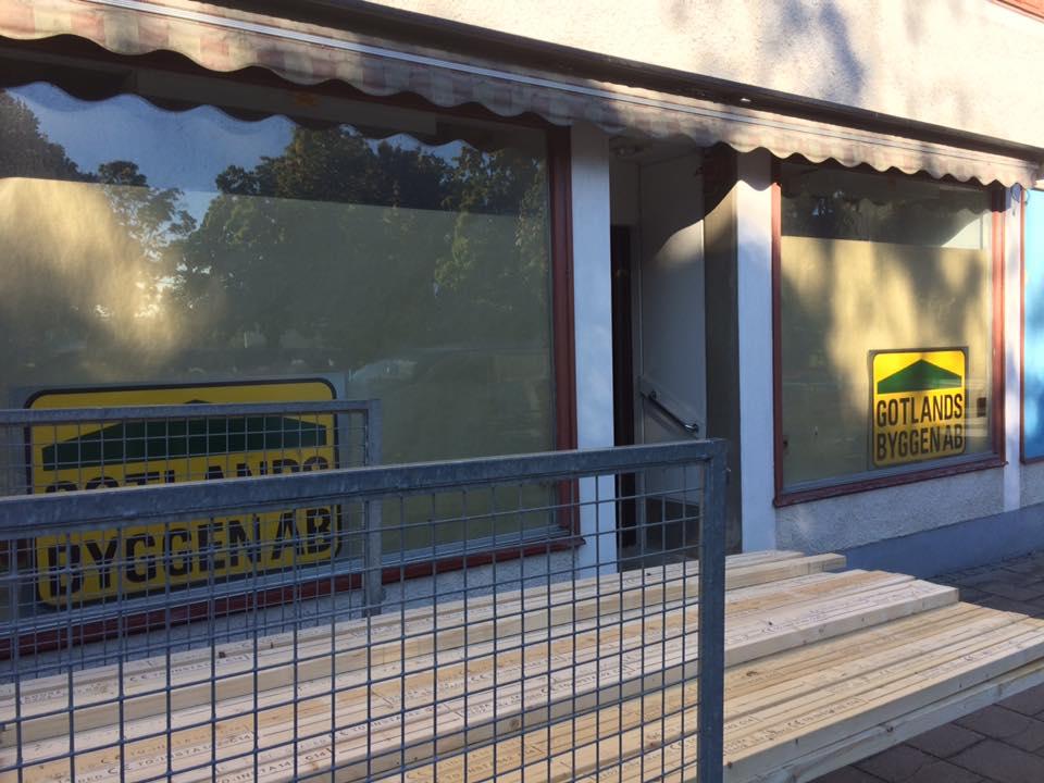 Nya kontoret i Hemse börjar ta form. Gotlandsbyggen AB flyttar in i de nya lok... 1